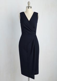 Entrepreneurial Mentor Dress. You have it self-made in the shade, and youre ready to spread your enterprising know-how in this navy blue dress! #blue #modcloth