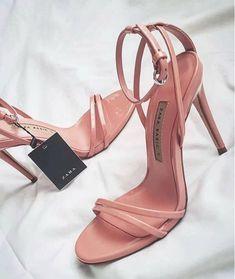 12dc1c587b34 Stiletto Zara  fashion  stiletto  fashion  shoes  vanessacrestto  zara  Stilettos