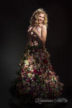 Skirt made of flowers