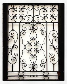 #ferforgé#ferronnerie #ironwork#porte#door #paris19#paris#parismaville #paname#france Wrought Iron Decor, Iron Wall Decor, Wrought Iron Gates, Iron Windows, Iron Doors, Railing Design, Gate Design, Iron Window Grill, Burglar Bars