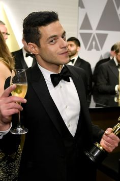 Rami Malek Lived His Best Life at the Oscars — Here Are 78 Photos to Prove It Rami Said Malek, Rami Malek, Hollywood Men, Hollywood Glamour, Beautiful Men, Beautiful People, Ideal Man, Celebrity News, Twilight Saga