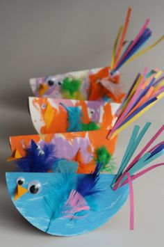Paper Plate Birds - This is a fun craft for preschoolers. Use paint, googly eyes and feathers for these little guys.