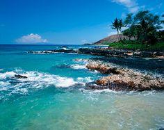 Rocky Beach, South Maui Coast via MuralsYourWay.com