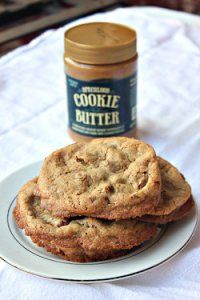 Cookie butter is the best thing EVER! I can only imagine how good these Loaded Cookie Butter Cookies are! Just Desserts, Delicious Desserts, Yummy Food, Yummy Yummy, Cookie Recipes, Dessert Recipes, Yummy Recipes, Biscoff Recipes, Unique Recipes