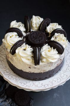 Cookies and Cream Oreo Ice Cream Cake - so easy to make with a soft Oreo cookie crust. Perfect for birthdays or any other celebration.