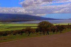 Kihei from the King Kamehameha golf course between Waikapu and Ma'alaea,  (from luanakai.com)
