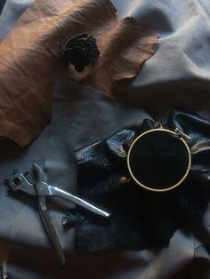 Leather.  Niekstyling
