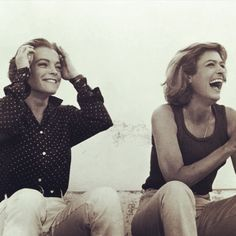 """""""Never On Sunday, I like spending my day with my best friends"""" like these two used to do : Romy Schneider and Melina Mercouri Never On Sunday, Die A, My Best Friend, Best Friends, Star Show, Romy Schneider, Solitude, Singer, Actors"""