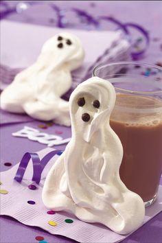 Gluten Free Halloween Treat: MERINGUE GHOSTS