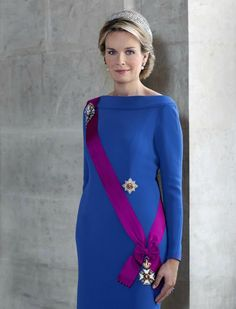 New official portraits of King Philippe and Queen Mathilde
