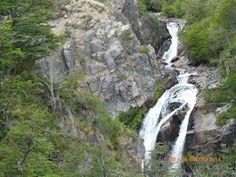 Brazo Huemul - Bahía Manzano - Cascada Vullignanco