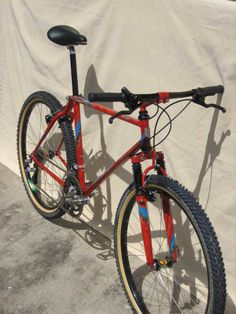 Deluxe Goat Hardtail Mountain Bike, Mountain Bicycle, Mountain Biking, Off Road Cycling, Retro Bikes, Mtb Bike, Bicycle Design, Old Skool, Bicycles