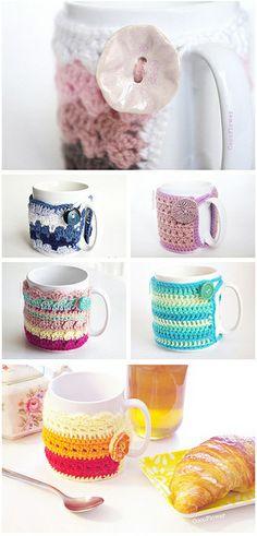 Crochet Home, Love Crochet, Crochet Flowers, Crochet Baby, Crochet Christmas Gifts, Crochet Gifts, Christmas Crafts, Crochet Coffee Cozy, Crochet Table Runner