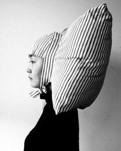 Joo Youn Paek - Pillowig (2004)