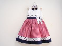 Striped line, polkadot dress Baby Girl Fashion, Toddler Fashion, Kids Fashion, Toddler Dress, Baby Dress, Toddler Girl, Little Girl Dresses, Girls Dresses, Cotton Frocks