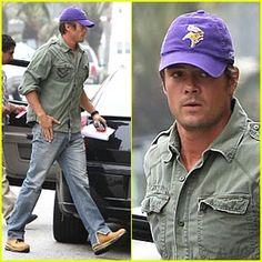 hold up.. Josh Duhamel is a Vikings fan?!?!? and he's from North Dakota.. knew he was my boy..