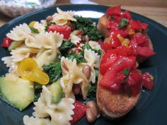 Pasta with Tomatoes and Kale ~ Is #Yummy #recipe
