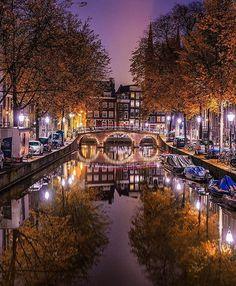 Good night, friends!  Photo by @jacob  #Amsterdam #europe #amsterdamworld #iamsterdam #ilovethiscity #iloveholland #Holland #amstergram #vscoamsterdam #vscogood #vscocam #vsco #Instaamsterdam