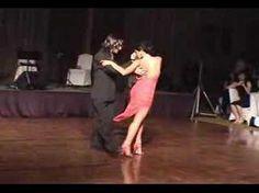 javier y geraldine bailan los mareados (2004)