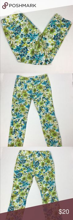 """Ann Taylor Loft Capri Cropped Pants Size 6 Marisa Brand: Ann Taylor Loft Size: 6 Condition: Gently Worn - No Flaws Material: 97% Cotton; 3% Spandex  Color: Blue/Green/White Waist: 31"""" (15.5"""" x 2)  Rise 8.5"""" Inseam: 25.5"""" Care Tag: Machine Washable     Ann Taylor Loft Pants Capris"""
