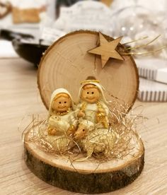 In this DIY tutorial, we will show you how to make Christmas decorations for your home. The video consists of 23 Christmas craft ideas. Easy Christmas Ornaments, Nativity Ornaments, Nativity Crafts, Christmas Nativity, Christmas Wood, Christmas Bells, Simple Christmas, Christmas Projects, Kids Christmas