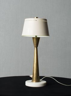 Gino Sarfatti; #502/P Brass, Marble and Enameled Metal Table Lamp