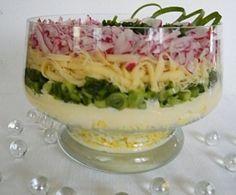 Lahodný prekladaný šalát - Recept pre každého kuchára, množstvo receptov pre pečenie a varenie. Recepty pre chutný život. Slovenské jedlá a medzinárodná kuchyňa