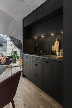 Luxury Glamping, Luxury Tents, Geodesic Dome Kit, Moduler Kitchen, Outdoor Bathrooms, Luxury Interior, Interior Design, Modern Architecture, Beautiful Homes