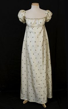 Silk evening dress with metallic thread embroidery, c.1810, from the Rufus Lincoln estate. From the Vintage Textile archives.
