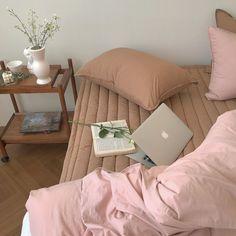 Понравилось uploaded by Julin on We Heart It Room Ideas Bedroom, Bedroom Inspo, Bedroom Decor, Dream Rooms, Dream Bedroom, Room Goals, Aesthetic Room Decor, Home And Deco, My New Room