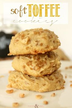 Ooey Gooey, Soft Toffee Cookies (and butterscotch too).  Click through for recipe!