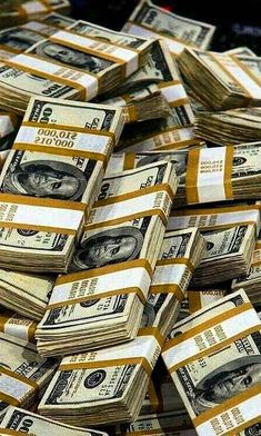 One of the ways to make money online and have legit income on daily basis is trading with this website (adress down blow Way To Make Money, Make Money Online, Dollar Money, 100 Dollar, Raining Money, Money Bill, Money Stacks, Gold Money, Manifesting Money