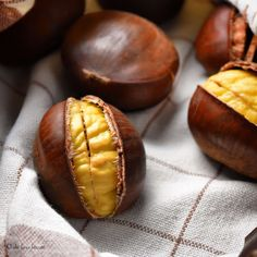 5 Easy Steps for Oven Roasted Chestnuts -the best method there is! Snacks, Snack Recipes, Dessert Recipes, Cooking Recipes, Desserts, Roasted Chestnuts Oven, Cooking Chestnuts, Roasted Nuts, Chestnut Recipes