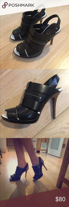 Derek Lam 👠 black edgy heels 10 Crosby platform heels in black and white with beautiful wood heels. The heels are in impecable shape, no visible main scratches. The white inner sole gives the shoe a great contrast effect. 🗽🏙 For the downtown girl at heart ❤️ Extremely comfortable to wear. 10 Crosby Derek Lam Shoes Heels