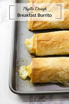 Ham and egg breakfast burrito wrapped in a crispy phyllo dough. Grab and go breakfast. Breakfast Wraps, Grab And Go Breakfast, Breakfast Burritos, Breakfast For Dinner, Breakfast Recipes, Phyllo Dough Recipes, Appetizer Recipes, Appetizers, Recetas Pasta Filo