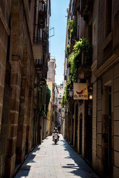 Barcelona Gothic District - Stylishlyme