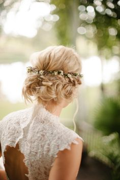 Read More: http://www.stylemepretty.com/2014/07/28/rustic-southern-wedding-at-the-horse-farm/