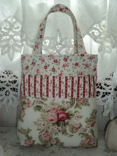 Red Rose Quilted Purse Tote Bag by LoveVanillaRose on Etsy, $39.50