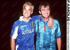 Damon Albarn (Blur) Fc Barcelona with Robbie Williams (Chelsea)