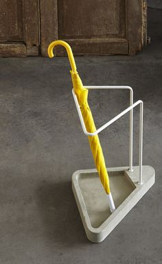 Waiting umbrella stand by Atipico made in Italy on CROWDYHOUSE