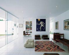 As casas de Oscar Niemeyer. Casa Ana Elisa Niemeyer, no Rio de Janeiro, RJ, projeto de 2005. Fotografia: Alan Weintraub.