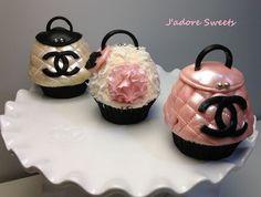 Channel handbag cupcakes