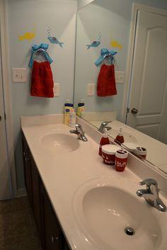 Build It, Sew It, Love It: Dr. Seuss Bathroom Redo.
