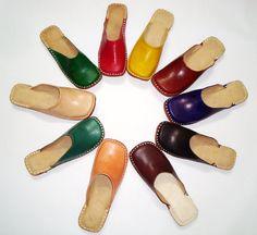 Zuecos de cuero hecho a mano las mujeres pisos, zapatos mujer, venta zapatos, zapatos de cuero de mujer, sandalias de las señoras, zapatos étnicos, chanclas de cuero, mulas,