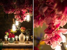 mesa posta, mesa decorada, decoração mesa com flores, iluminação mesa posta, flores, flowers, lights, tablescape decor