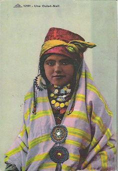 Vintage 1930/1950 French postcard Ethnic North Africa women portrait