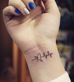 15 Ink Designs for Nurse Tattoos #nursebuff #nursetattoos #tattoosfornurses #tattoosforwomen