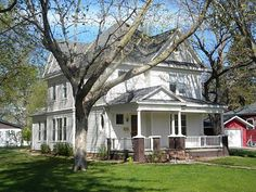 1010 Hill Ave, Spirit Lake, IA 51360 - Zillow