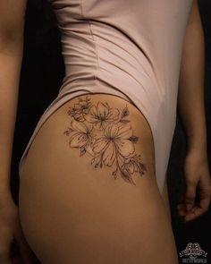 tattoos for women \ tattoos for women ; tattoos for women small ; tattoos for moms with kids ; tattoos for guys ; tattoos for women meaningful ; tattoos with meaning ; tattoos on black women ; tattoos for daughters Diskrete Tattoos, Girly Tattoos, Pretty Tattoos, Unique Tattoos, Body Art Tattoos, Sleeve Tattoos, Awesome Tattoos, Tatoos, Mini Tattoos