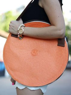 bag--DIY WITH STRAW PLACEMATS???
